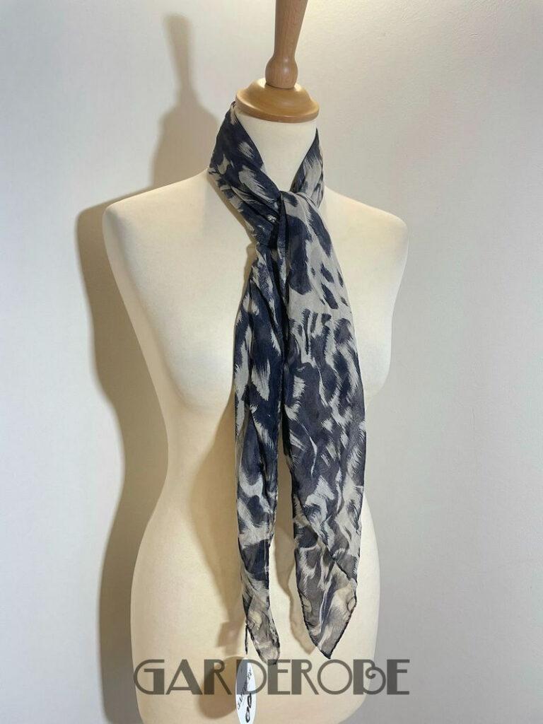 100% zijden foulard dierenprint