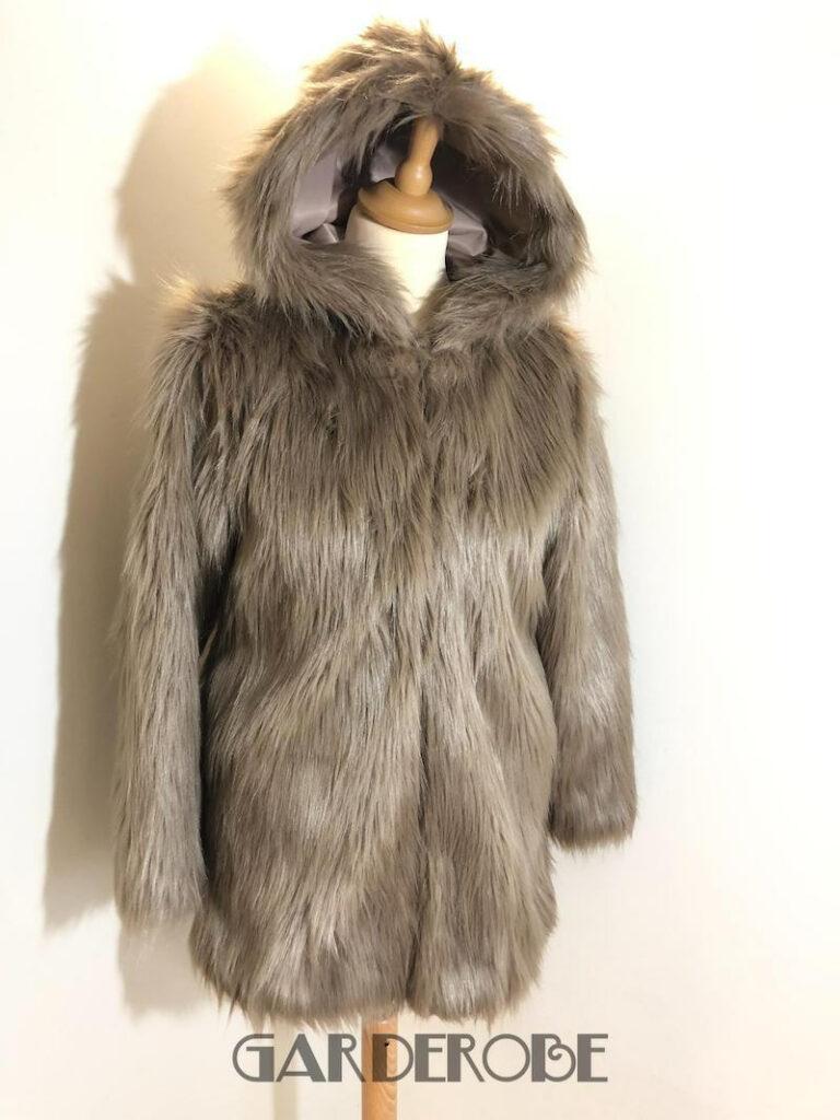 Lanshifei beige faux fur mantel