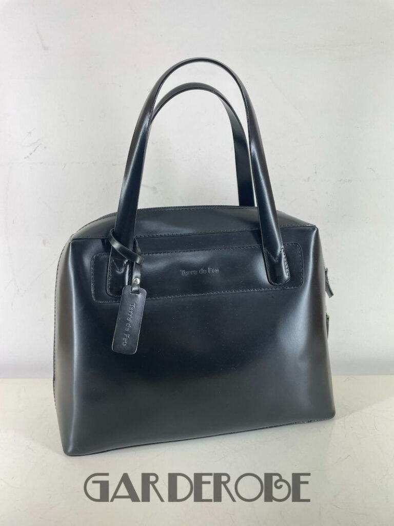 Zwarte handtas in glanzend leer Terre de Feu